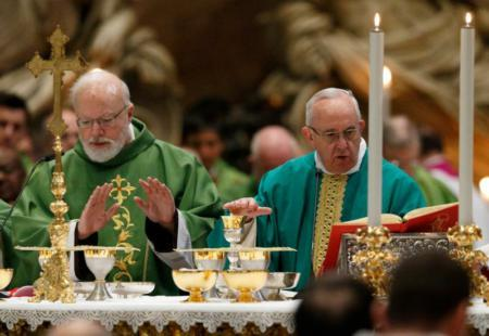 Cardinal O'Malley and Pope Francis celebrating mass in 2016, in St. Peter's Basilica at the Vatican (CNS Photo/ Paul Haring)